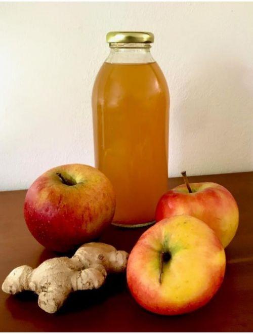 Био сок от ябълка и джинджифил