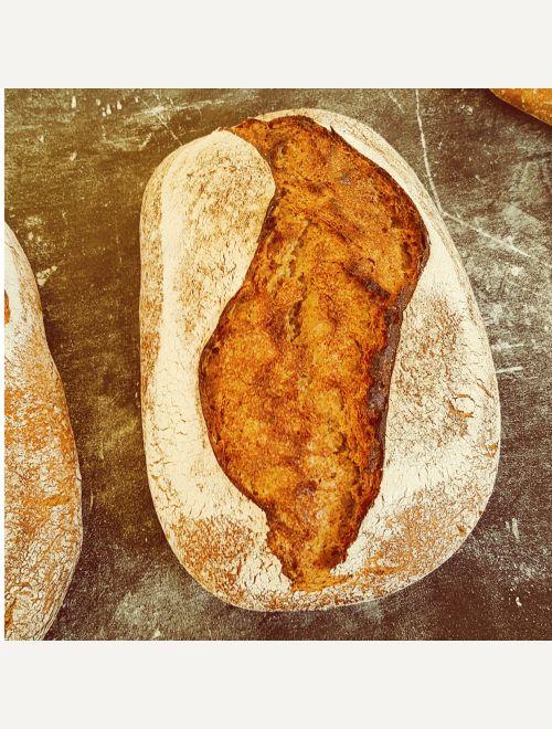 Полупълнозърнест хляб с емер