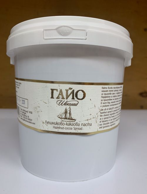 Лешниково-какаова паста, млечна