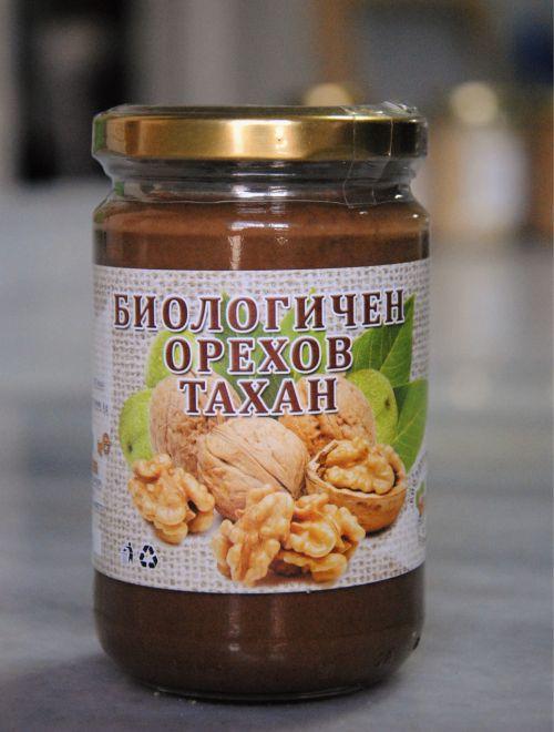 Орехов тахан, био