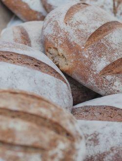 Хляб с овесени ядки и семена